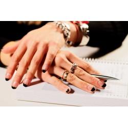 Consuelo Manicure